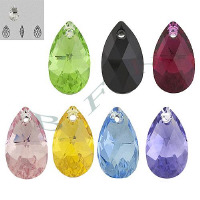 Item 6106 Swarovski Crystal Pendants